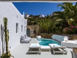 Magical 4 Bedroom Villa in Mykonos, Míkonos