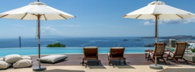 Marvelous 5 Bedroom Villa in Mykonos