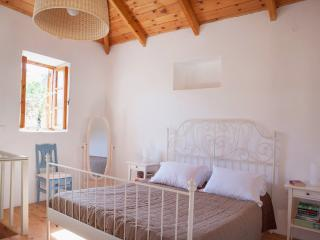 Master Bedroom with Kingsize Bed, Storage, Cotton Linen and Air Condtioning