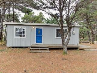 Dog-friendly cottage w/ easy beach access & a peaceful location