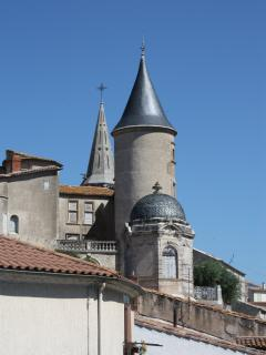 La Couronne with Heated Courtyard Pool