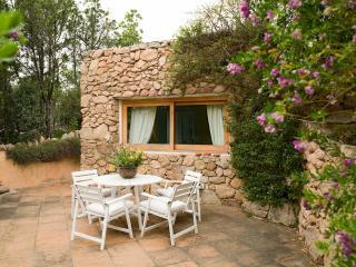 2 bedroom Villa in Arzachena, Sardinia, Italy : ref 2294024