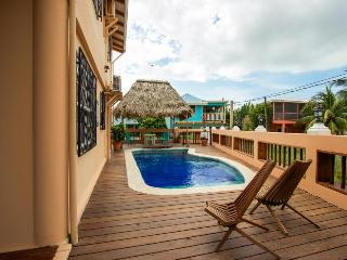 Oceanfront home w/pool! Only steps to beach & short walk to Placencia Village!