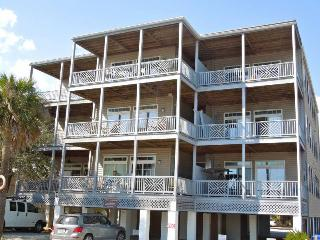 Beachwalk Villas 23 - Folly Beach, SC - 2 Beds BATHS: 2 Full