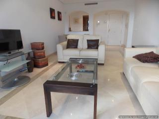 2 Bed Apartment Los Arqueros Near Marbella R107, Benahavis