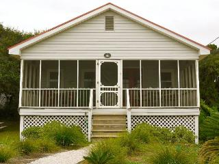 Bonnie Dune - Folly Beach, SC - 2 Beds BATHS: 1 Full