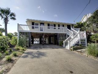 Clervue Cottage - Folly Beach, SC - 3 Beds BATHS: 2 Full