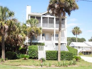 Conched Out - Folly Beach, SC - 4 Beds BATHS: 3 Full