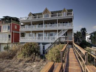 Eddie's Jeddy - Folly Beach, SC - 5 Beds BATHS: 5 Full 1 Half