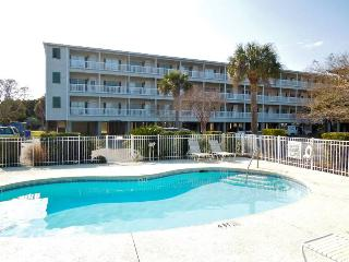 Marsh Winds 2F - Folly Beach, SC - 3 Beds BATHS: 3 Full
