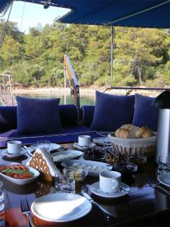 SEHER1 - Breakfast