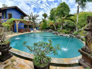 Beachfront Surfers Villa Canggu