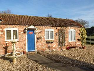 CHURCH VIEW COTTAGE, all ground floor, ample off road parking, garden, in Burgh