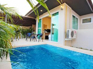 La Ville Pool Villa B24 2Bed inc Breakfast, WiFi, Pattaya