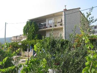 Apartments - Ive 1 Vinišće, Vinisce