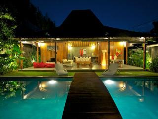 Lovely & Luxurious Villa Seminyak Oberoi #1