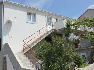 Cozy apartment in Supetar, Brac
