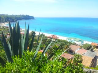 Tropea sea view accomodations top location 2'beach