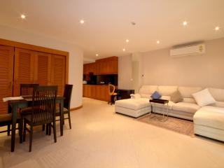 Absolute Luxury 2 Bedroom Condo Sea View