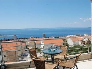 STUNNING VIEW, new Apt. for 5 persons!!, Makarska