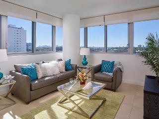 Bay Front 1br w/balcony, pkg & WiFi, Miami