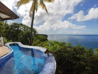 Caribbean Blue Suite - A Romantic Couple's Getaway, Marigot Bay