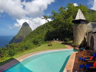 Pitons Retreat - Located in a World Heritage Site, Soufrière