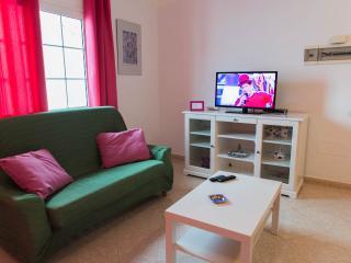 Alquiler apartamento junto playa con Wifi y TV