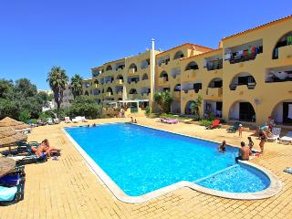 Beautiful One Bed Central Albufeira