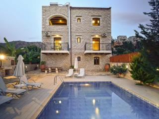 Luxurious  full equipped villa with private pool, Rethymnon