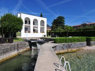 Villa Calcaterra, Barbarano di Salo