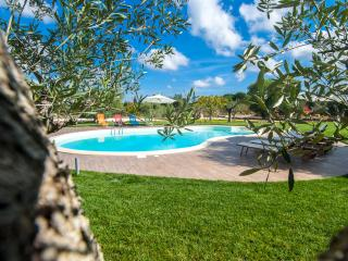Casina Salentina: Large Villa with Swimming Pool