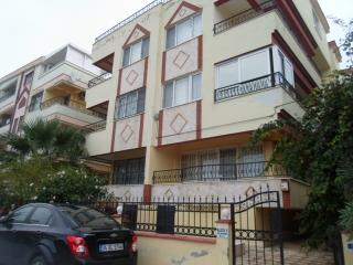 2 Bedroom Apartment close to all amenities, Altinkum