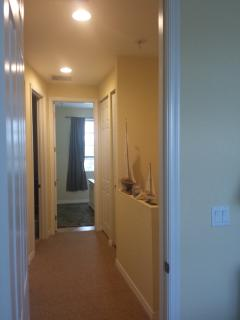 2nd level hallway to front bedroom