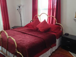 Gorgeous 2 Bedroom Home SI Ferry 3, Staten Island