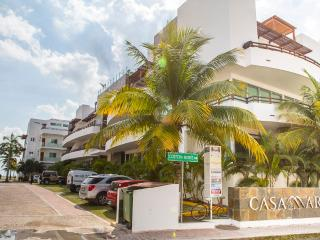 2BD PLAYA DEL CARMEN/ HALF BLOCK FROM THE BEACH