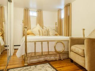 Cozy 2 Bedroom Home S.i Ferry 1, Staten Island