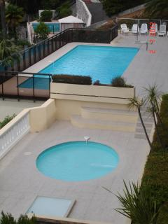 CHILDREN AND ADULTS  SWIMMING POOLS