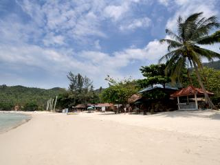 THONG NAI PAN ESTATE VILLA C. LUXURY  BEACH VIEW