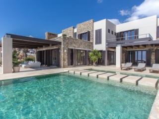 Ravishing 4 Bedroom Villa in Mykonos
