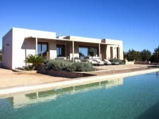 Charming 4 Bedroom Villa in Formentera