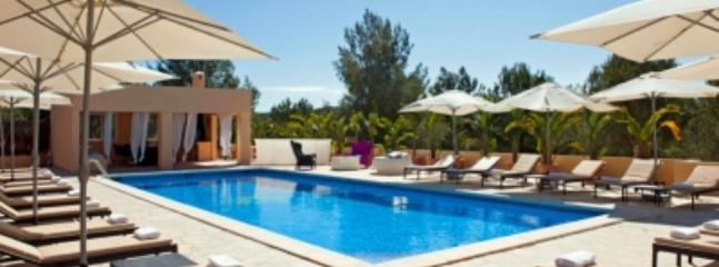 Extraordinary 9 Bedroom Villa in Ibiza