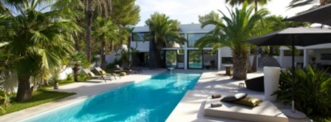 Delightful 5 Bedroom Villa in Ibiza