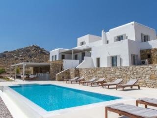 Amazing 6 Bedroom Villa in Mykonos