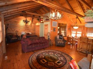Branson Woods 1 Bedroom Family Cabin