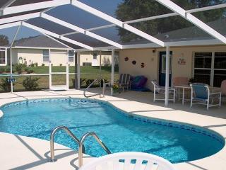 3 Bedroom/ 2 Bathroom Villa at Golf Course, Hernando