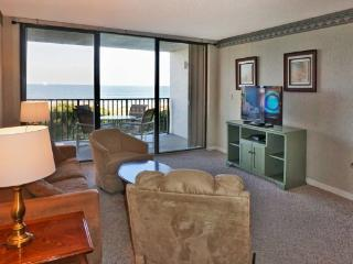 Beach Condo Rental 302, Cape Canaveral