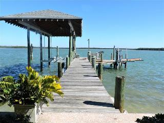 Coastal Charm - Monthly Beach Rental, Clearwater
