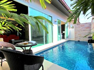 The Ville Jomtien  Pool Villa Resort 3 Bed (B09), Pattaya
