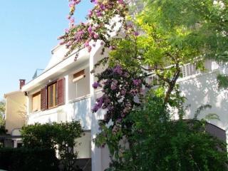 CityCenter apartment ANNA A2+2, 100 m beach, Makarska